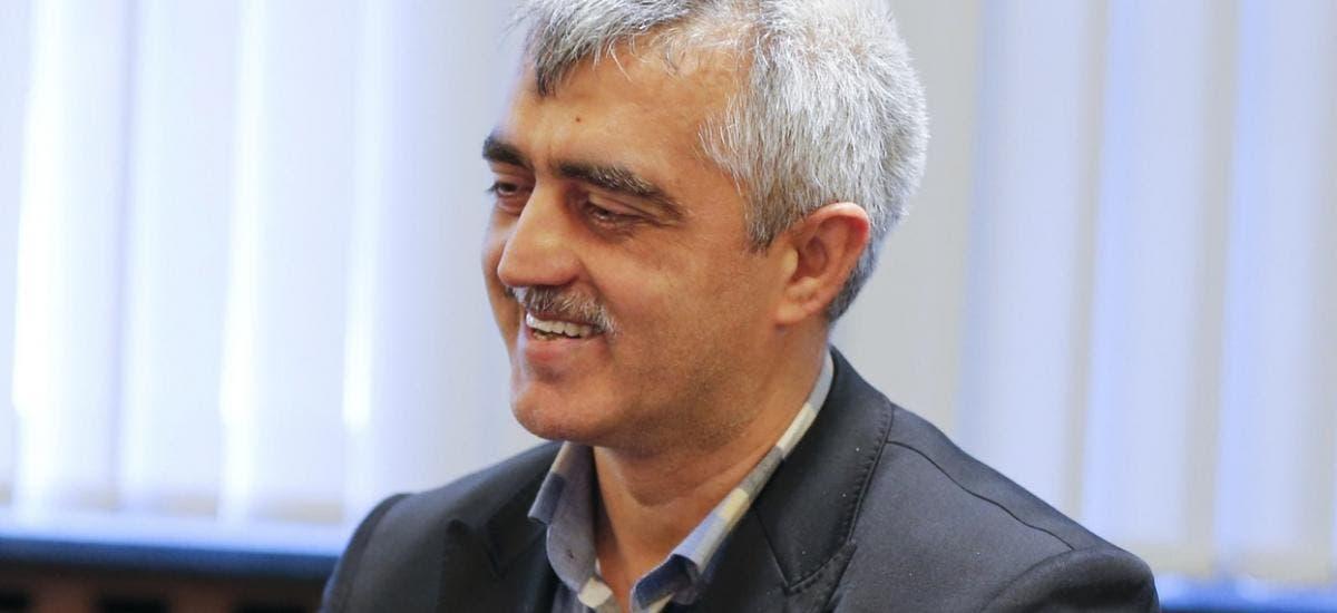 عمر فاروق جرجرلي أوغلو، برلماني تركي ومدافع عن حقوق الإنسان