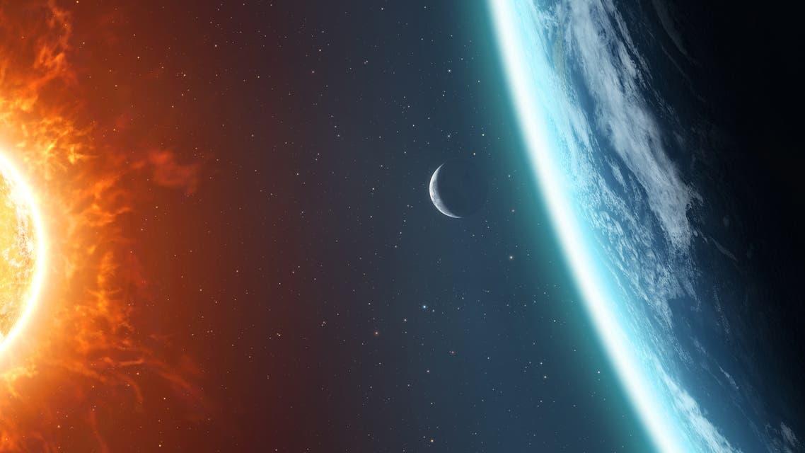 شمس أرض قمر