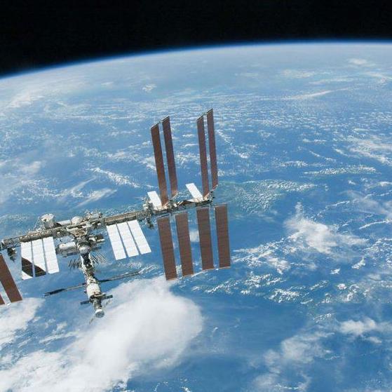 الصين ثالث دولة تنقل صخوراً من القمر إلى الأرض