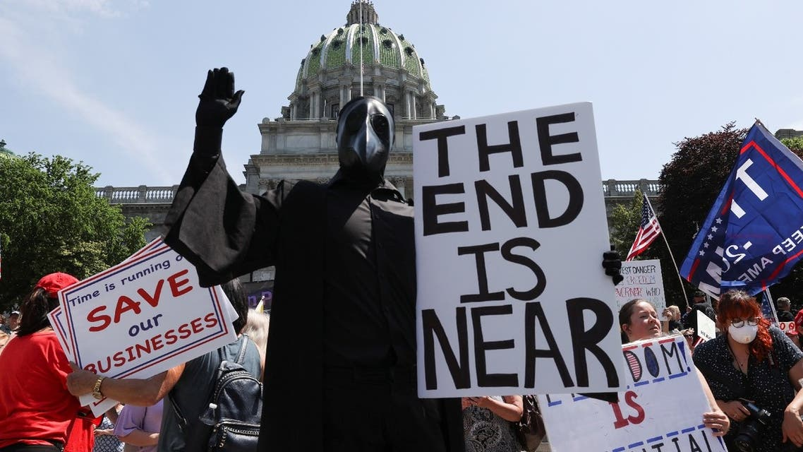 Protestors against coronavirus restrictions gather for a rally outside the Pennsylvania State Capitol Building in Harrisburg, Pennsylvania, US, May 15, 2020. (Reuters)