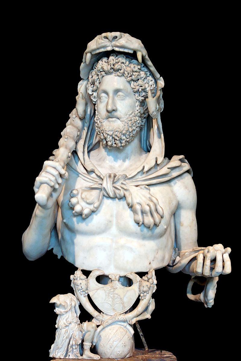 تمثال نصفي للإمبراطور كومودوس