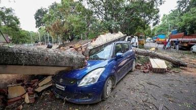 الهند تجلي الآلاف مع اقتراب إعصار في خضم كورونا