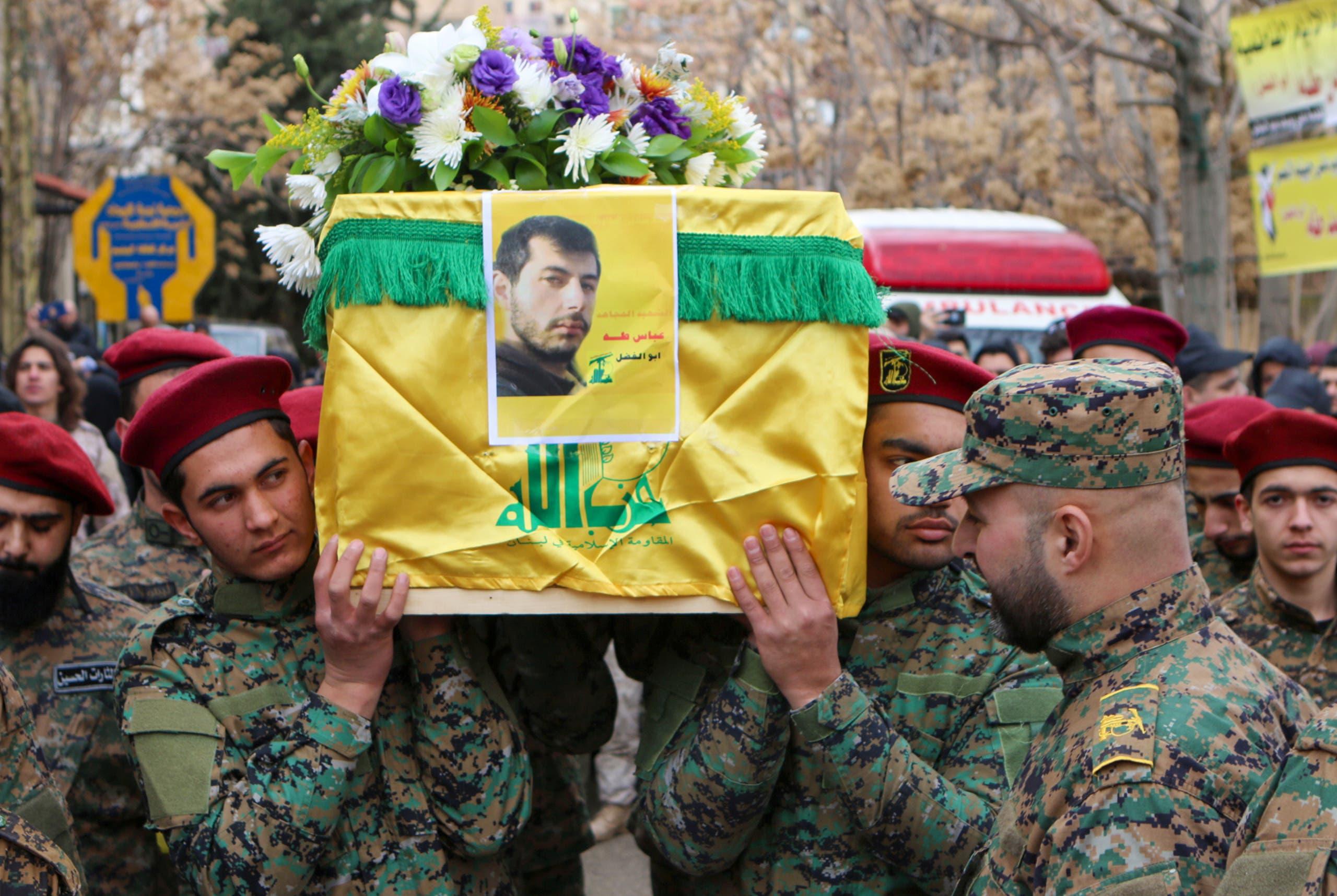 تشييع أحد عناصر حزب الله (أرشيفبية- فرانس برس)