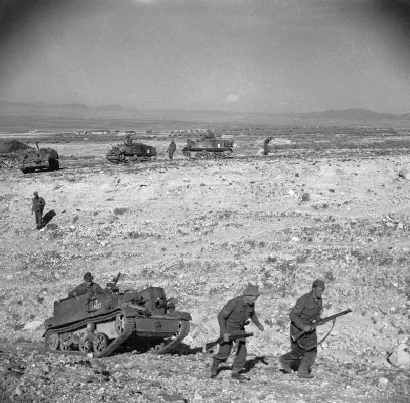 صورة لجنود بريطانيين بتونس