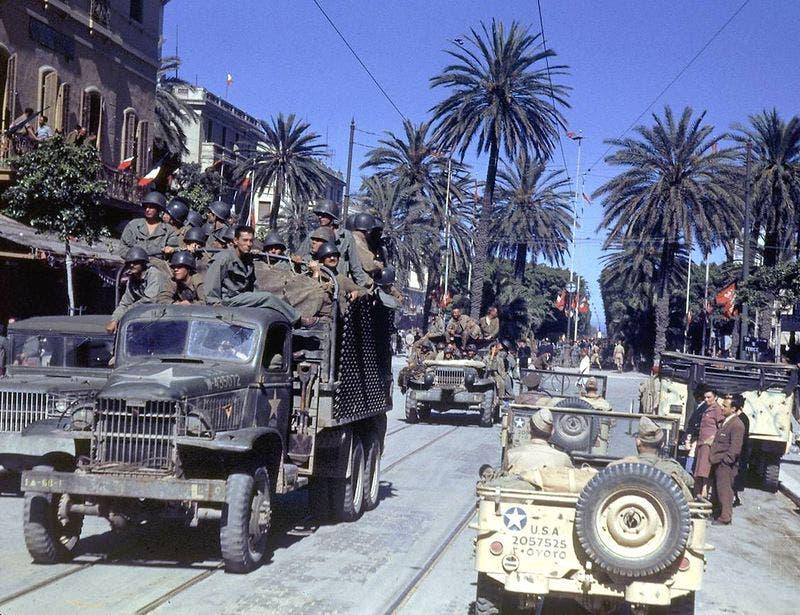 صورة ملونة لجنود أميركيين بتونس خلال الحرب العالمية الثانية