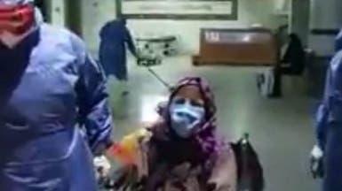 شاهد.. مسنة مصرية تتغلب على كورونا وتخرج من العزل