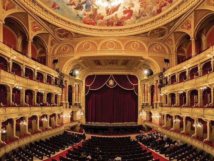 المسرح الوطني.. ما هو مفهومه وما هي رسالته؟