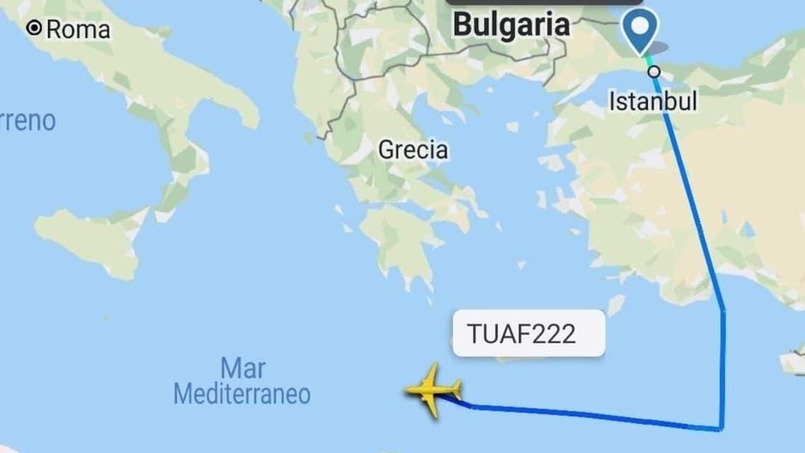 طائرة عسكرية تركية تقترب من ليبيا