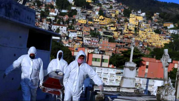كورونا يزداد شراسة في البرازيل ويصيب 20,803 بيوم واحد