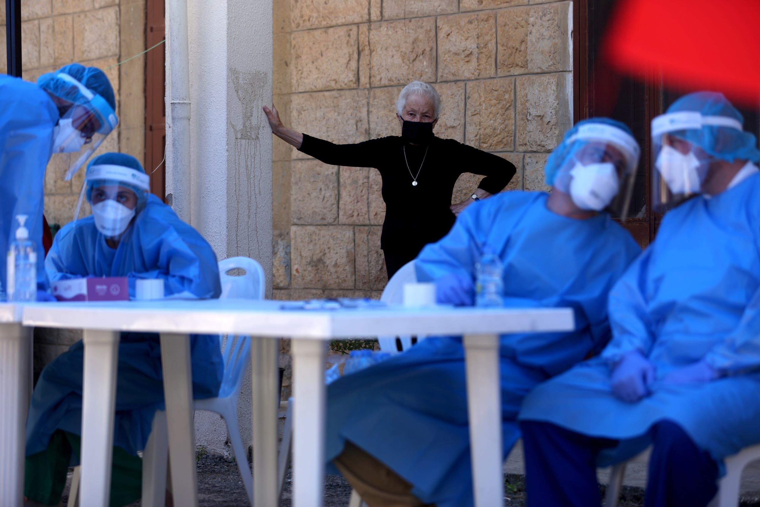 مركز للخضوع لفحص كورونا في لبنان