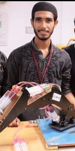عمار راشد الذي قضى في حادث الطائرة