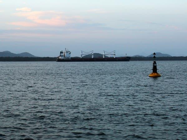 شركة تعقب للسفن تنشر فيديو.. هكذا تهرب إيران نفطها