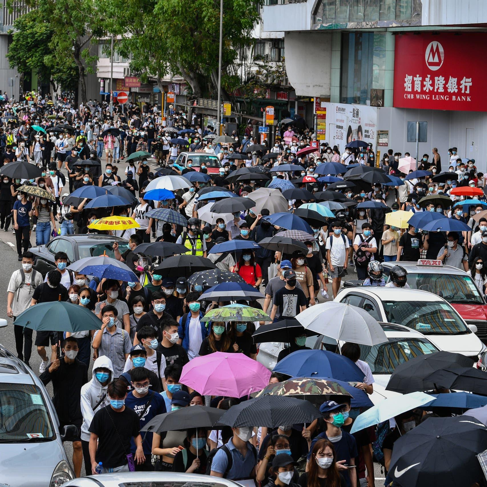 شوكة هونغ كونغ في خاصرة الصين.. تحذير أميركي بريطاني