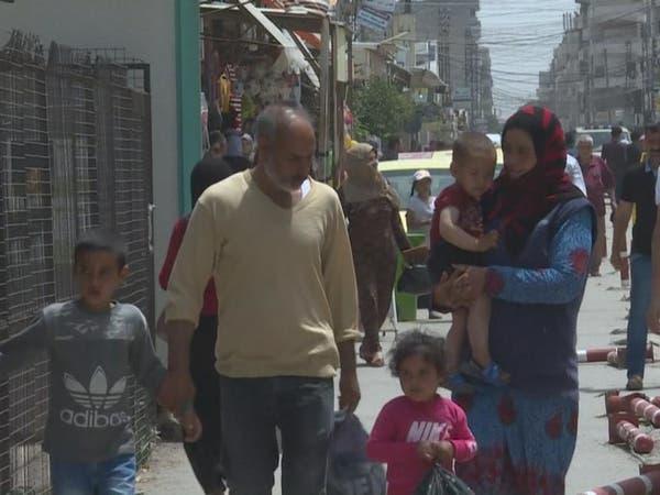 النظام يتناسى.. الليرة السورية تهوي 60% وأطفال دمشق جوعى