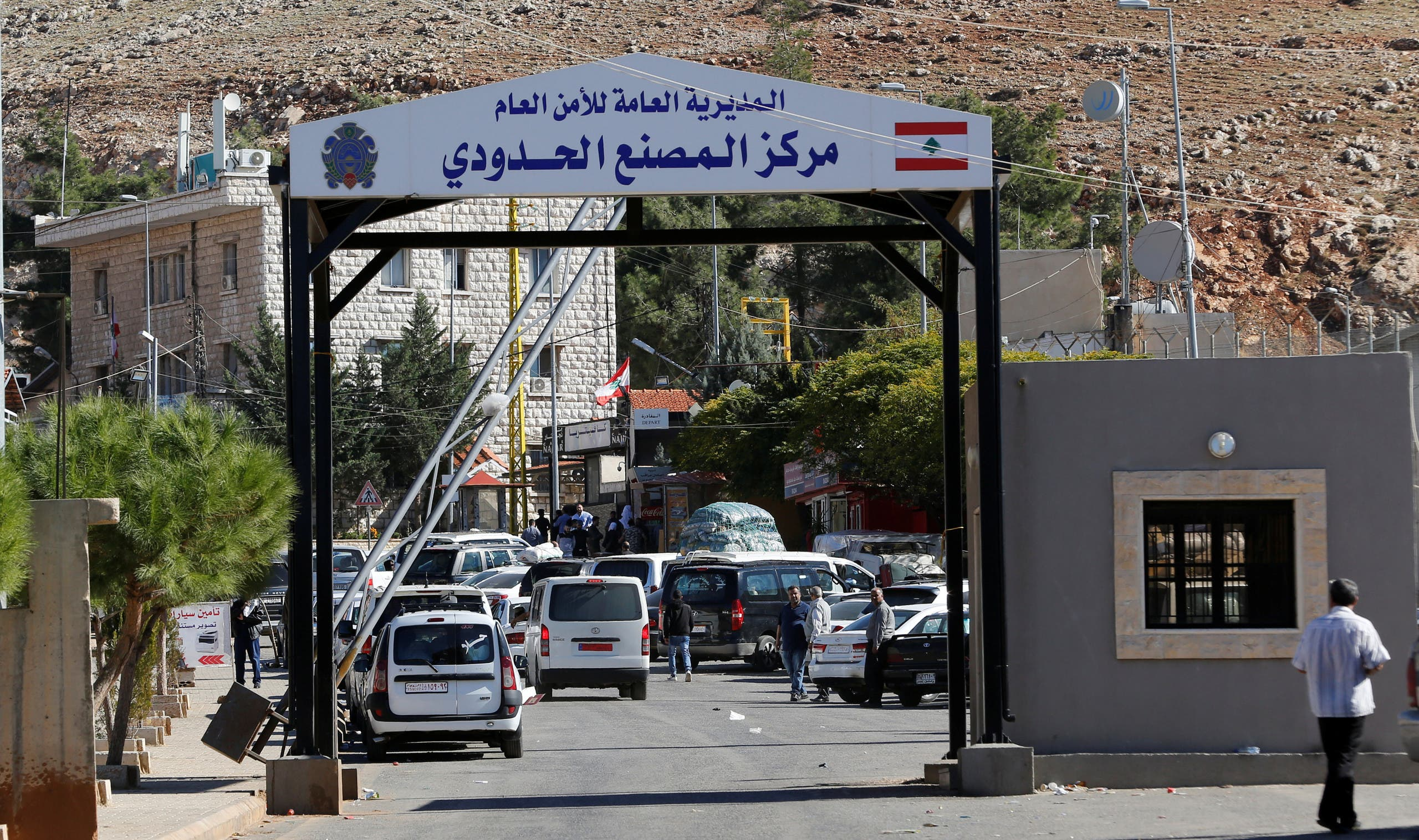 Vehicles are seen at Masnaa border crossing between Lebanon and Syria, Lebanon November 1, 2018. Picture taken November 1, 2018. (Reuters)