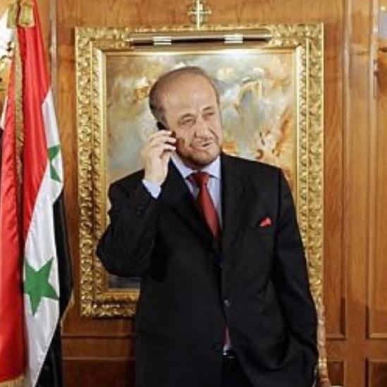 """صفقة """"مخابراتية"""" فرنسية روسية سورية تعيد رفعت الأسد لدمشق"""
