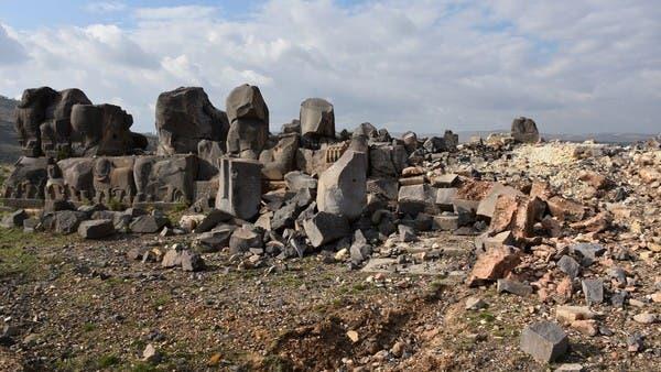 أهالي قرية سورية يتهمون تركيا بسرقة آثار عفرين