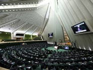 روحاني يدعو برلمان إيران الجديد للتعاون.. وسط مخاوف من توتر