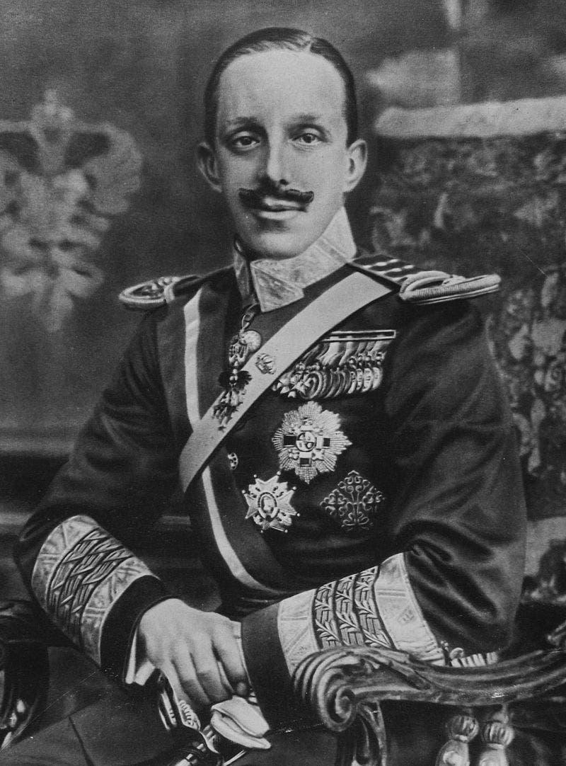 صورة لملك إسبانيا ألفونسو الثالث عشر