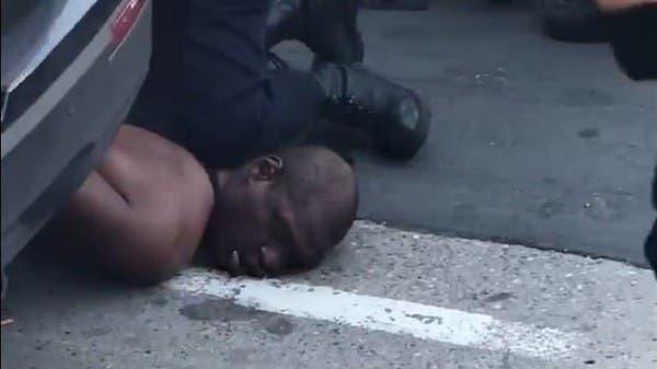 فيديو جديد يرصد اللحظات الأخيرة التي سبقت تثبيت فلويد ووفاته