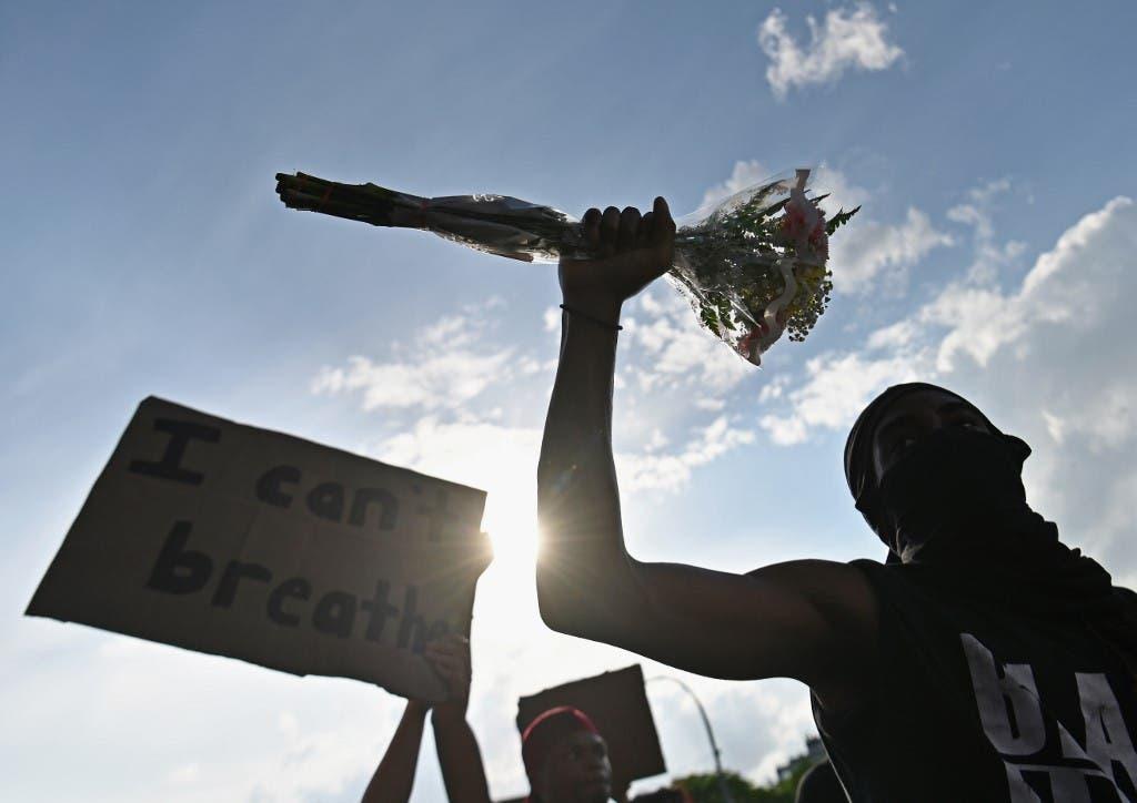 احتجاجات بعد مقتل فلويد