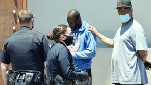 """ممثل شهير يتدخل أثناء اعتقال شرطة أميركا """"مشرداً"""""""