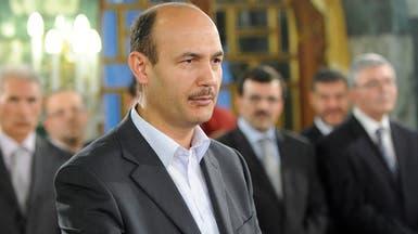 """وزير عربي سافر بالعيد وعلق في الخارج.. فبات يعمل """"عن بُعد"""""""