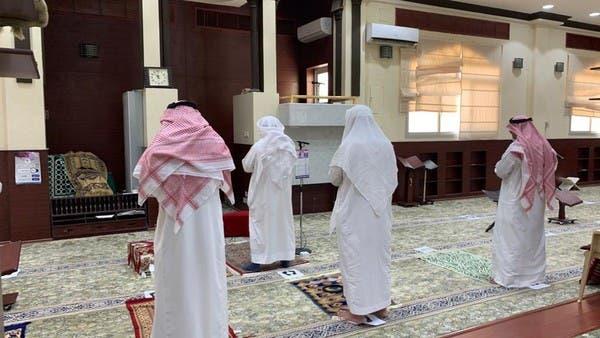 مشاهد من اليوم الأول بعد فتح المساجد في السعودية