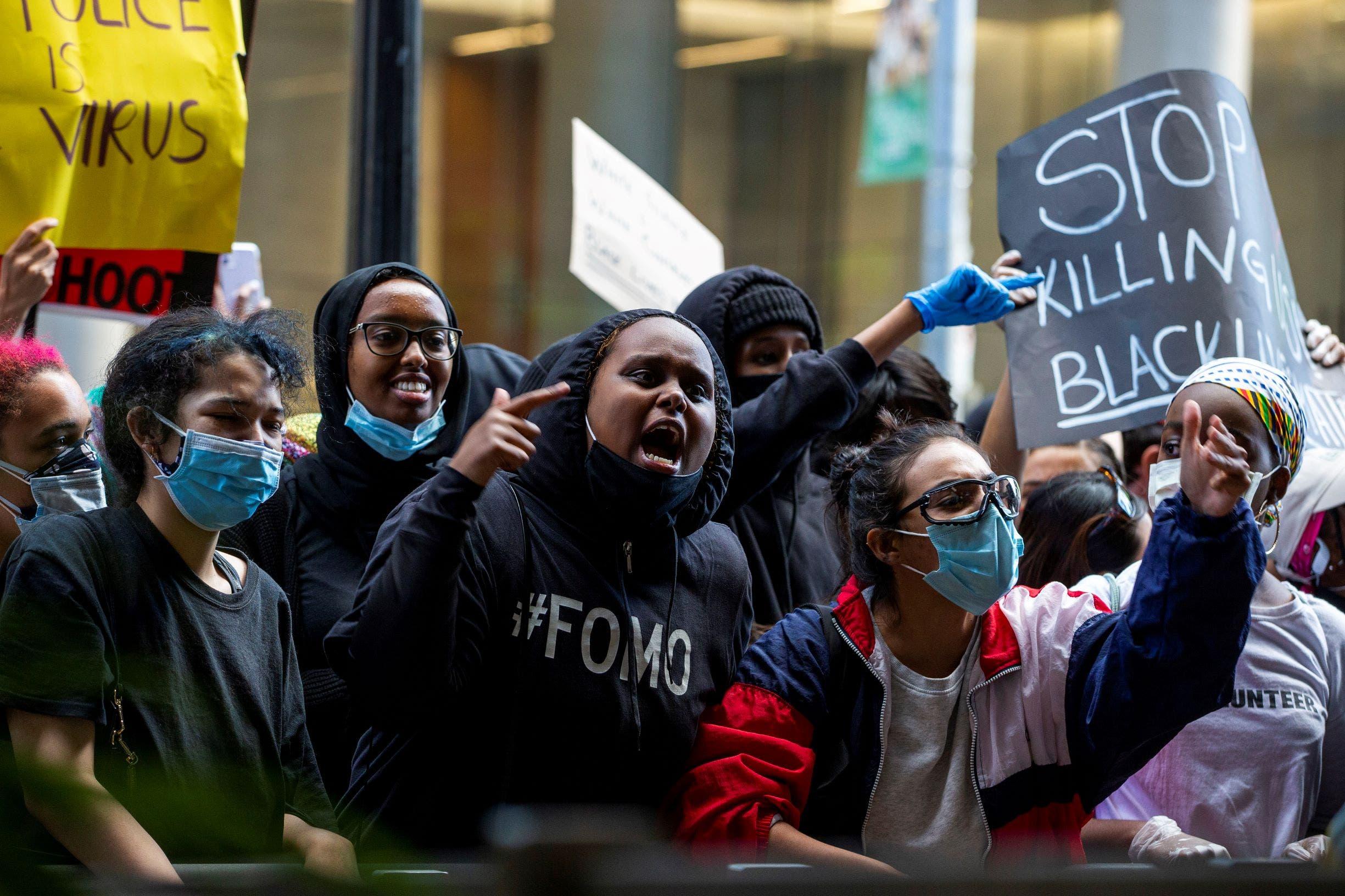 من تظاهرة تورونتو ضد العنصرية (رويترز)