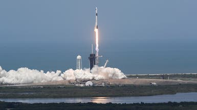 بحضور ترمب.. إقلاع تاريخي لصاروخ على متنه رائدا فضاء