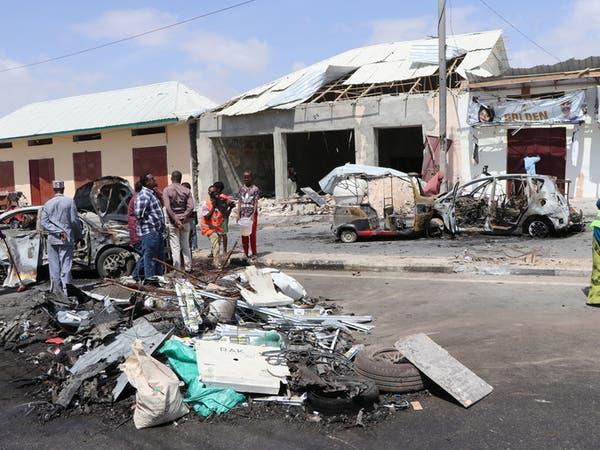 مقتل 10 في انفجار قنبلة في حافلة بالصومال