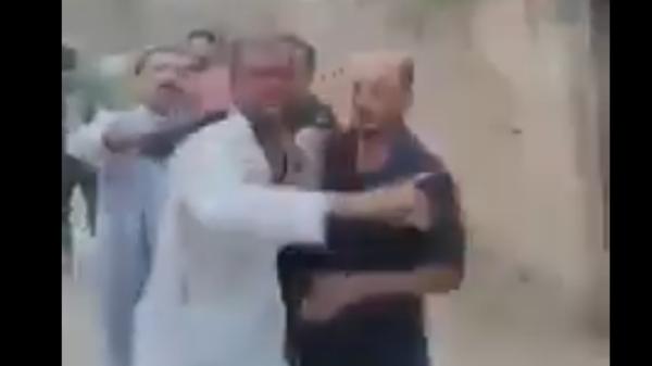 """""""العصائب"""" تعتدي على منزل ناشط عراقي ومتظاهرين آخرين"""