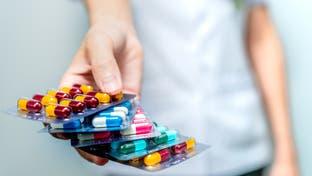 كورونا.. الصحة العالمية تحذر من الاستخدام المفرط للمضادات الحيوية