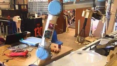 """روبوت يتفوق بمجال الطهي وينجح في إعداد عجة بيض """"مثالية"""""""