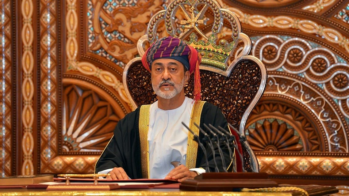 Sultan Haitham bin Tariq al-Said gives a speech after being sworn in before the royal family council in Muscat, Oman January 11, 2020. (Reuters)