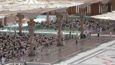 100 ألف مصل يؤدون الجمعة في المسجد النبوي
