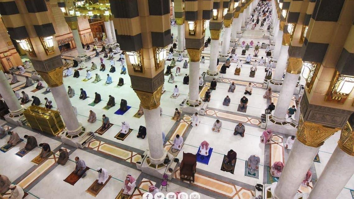 صلاة الجمع من المسجد النبوي
