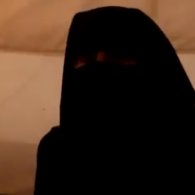 أم سورية تروي قصة مشاركة ولديها في القتال في ليبيا