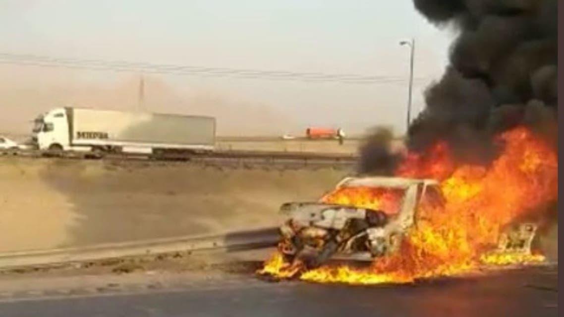 احتراق مركبة أفغانية بمن فيها في إيران