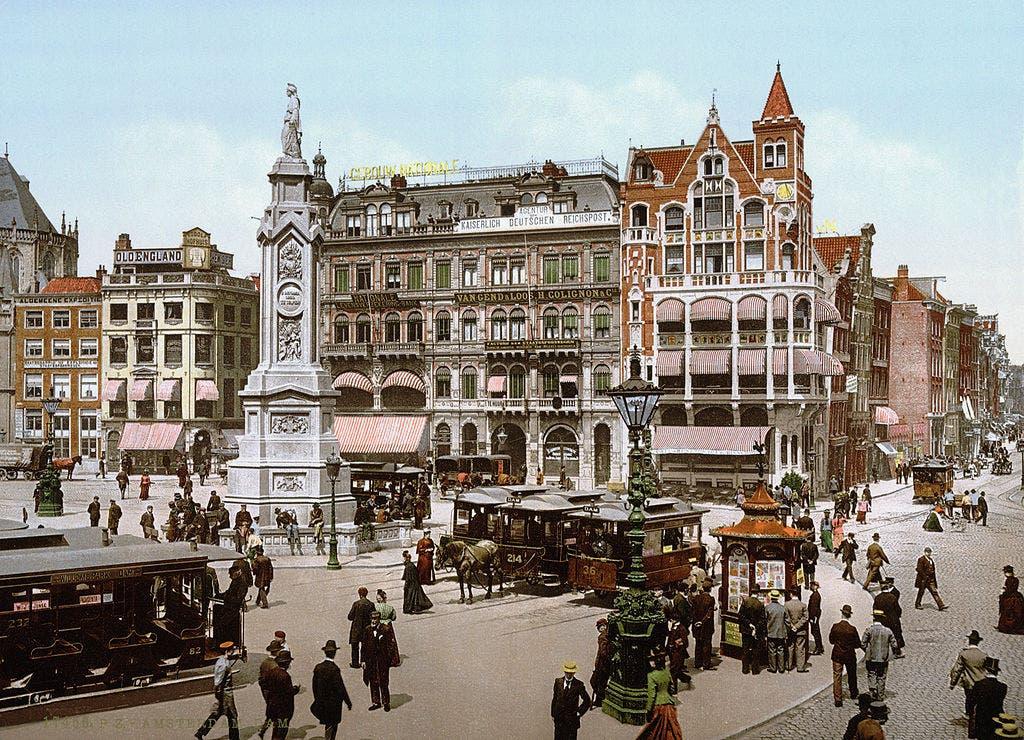صورة ملونة بالتقنيات الحديثة لأمستردام خلال العقد الأخير من القرن التاسع عشر