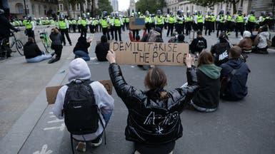 """جونسون للمتظاهرين في بريطانيا بعد مقتل فلويد: """"إني أسمعكم"""""""