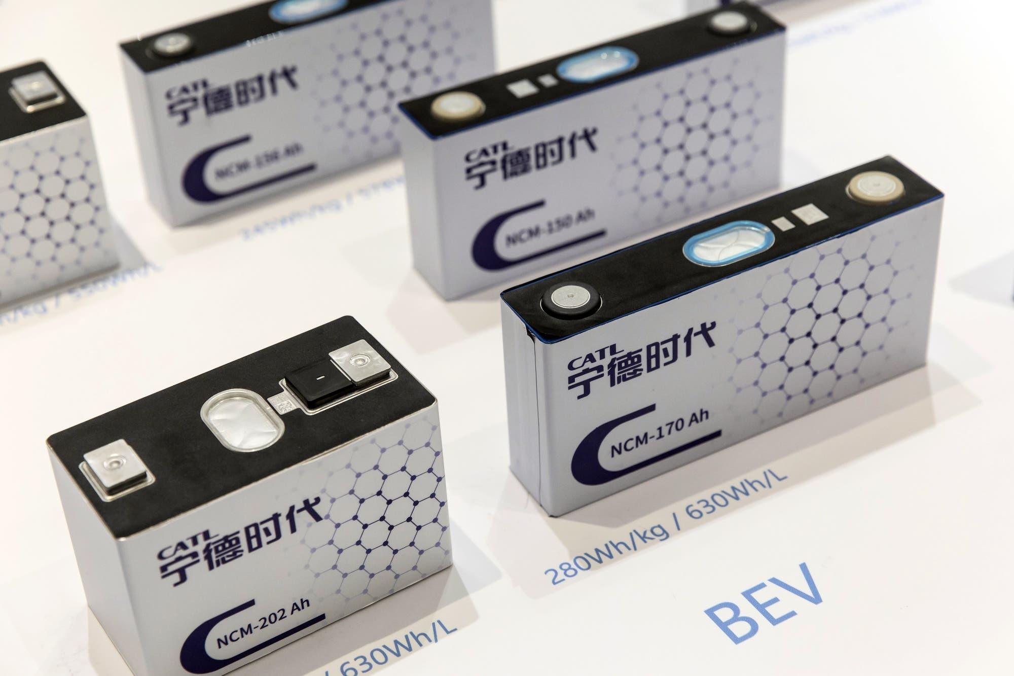 بلومبيرغ: ضمانات البطاريات المستخدمة حاليًا في السيارات الكهربائية تغطي حوالي 150 ألف ميل أو ثماني سنوات
