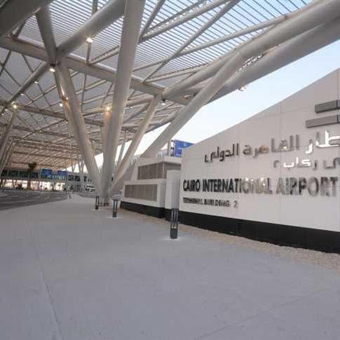 مصر تتلقى عروضاً من السعودية والكويت للاستثمار في مطارين بالقاهرة