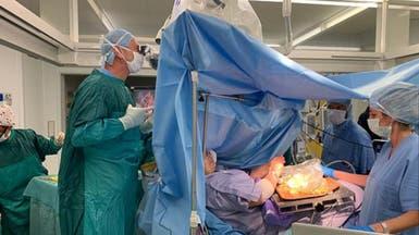 شاهد أغرب عملية جراحية.. حشو زيتون ودماغ مفتوح