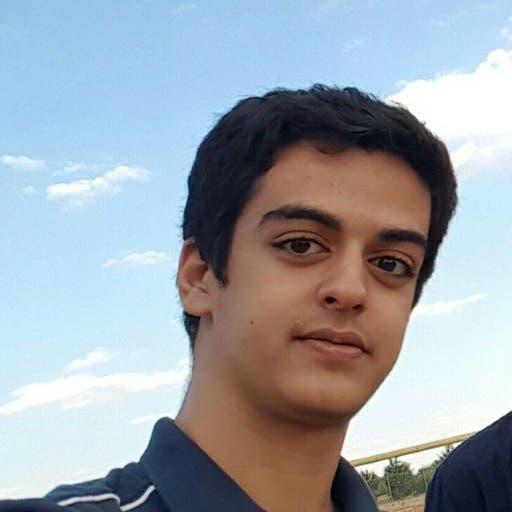"""""""أنا متعب ومصاب بكورونا"""".. مكالمة من معتقل في إيران"""