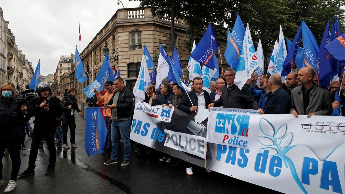 احتجاج للشرطة الفرنسية أمام قصر الإليزيه الجمعة