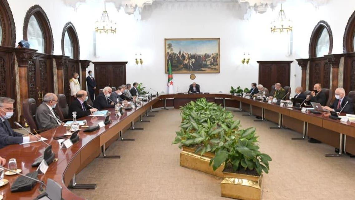 رئيس الجزائر وعقيلة صالح