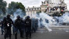 پیرس ایک بارپھرمیدان جنگ بن گیا، مظاہرین اور پولیس میں تصادم،12 زخمی