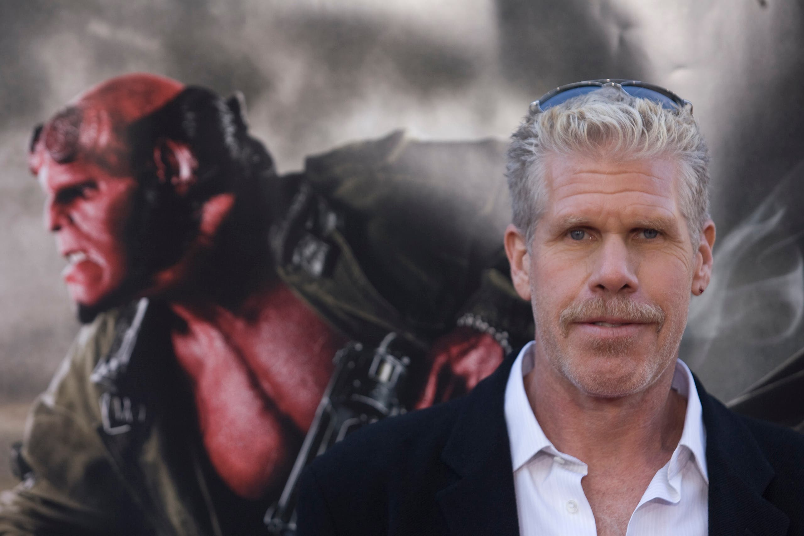 Actor Ron Perlman poses for photographers during the premiere of the movie Hellboy II The Golden Army in Los Angeles, California, June 28, 2008. (Reuters)