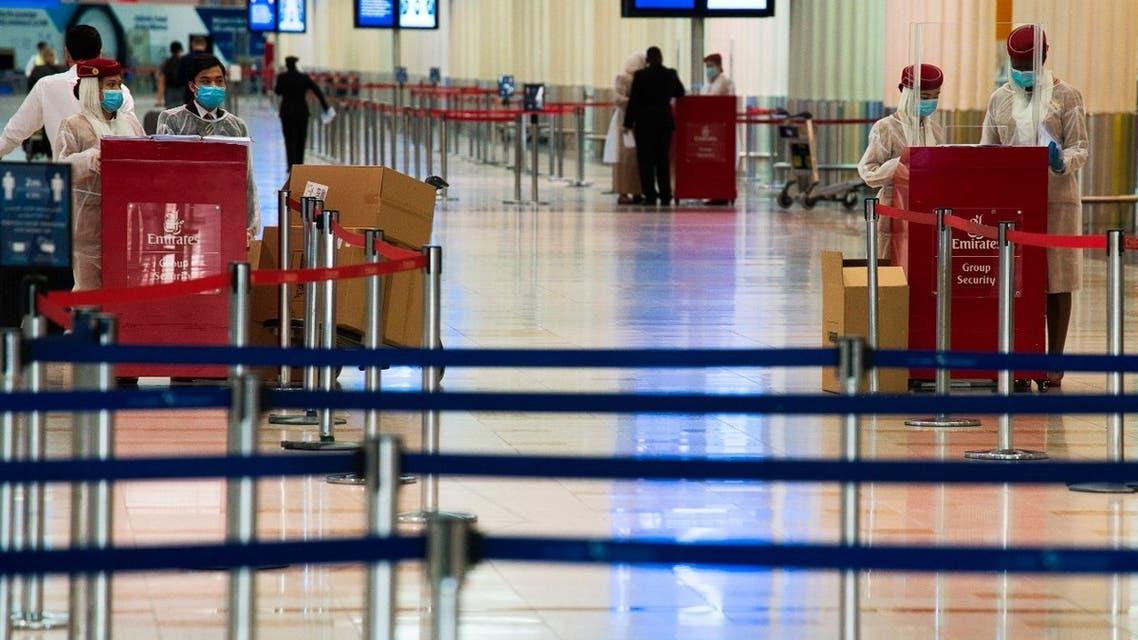 طيران الإمارات مطار دبي كورونا